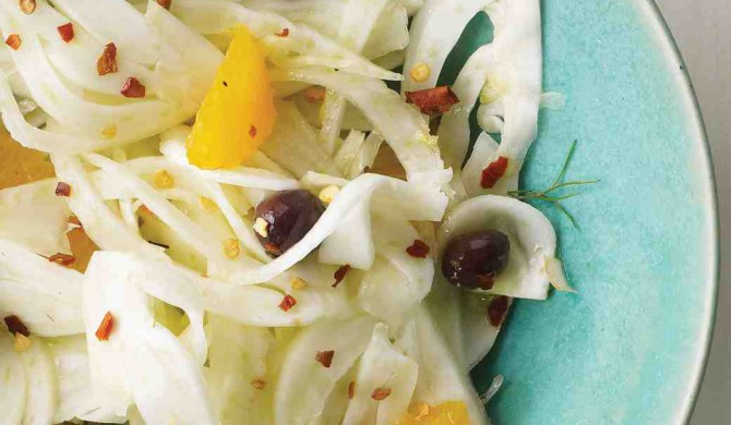 Recipe orange and fennel salad with oives and red-pepper flakes